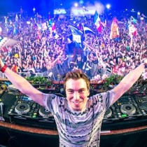 Party in Miami with DJ Hardwell
